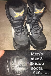 black-gray-and-white snowboard boots Winnipeg, R3M 1L8