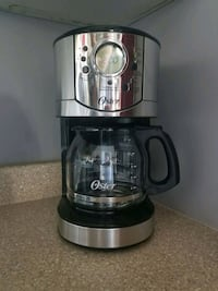 Stainless coffee maker (Oster) / cafetière en stai Montreal