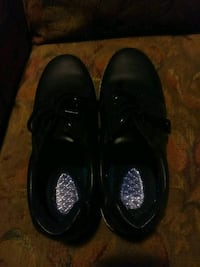 New mens size 10.5 Dr.Scholl's non slip shoes. Findlay, 45840