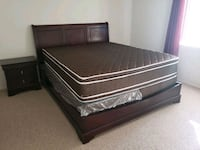 Cal king bed set Palmdale, 93550