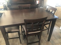 """Beautiful """"Expresso""""coloured Dining Room Table with 6 Chairs Ajax, L1S 3Y5"""