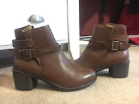pair of brown leather boots Smyrna, 37167