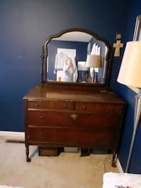 1800s Bedroom Set
