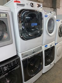 29in. Mix & match front load washer & gas dryer in excellent condition