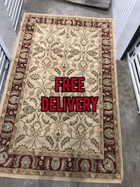 Gorgeous traditional style rug 6ft x 4ft - i accept cash or any app that you can send cash with  Jacksonville, 32256
