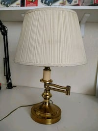 brass-colored table lamp Roseville, 95747