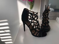 Black Strappy Heel Sandals Aurora, L4G