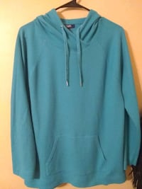 Size XL new perfect condition hooded shirt Melbourne, 32935