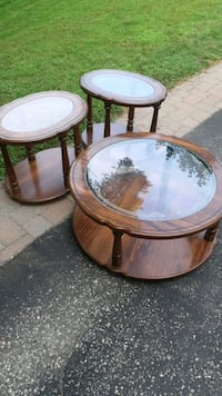 Coffee table and side tables!  Aurora, L4G 4X4