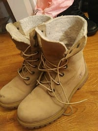 Insulated womens timbs size 8