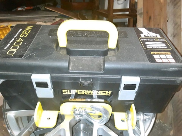 New superwinch 50bed917-7781-4d66-9a2a-bc4d69bbf666