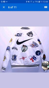 white and black Nike soccer jersey Montreal, H3N 1S7