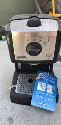 Black and gray delonghi coffeemaker - never used  Los Angeles, 90045