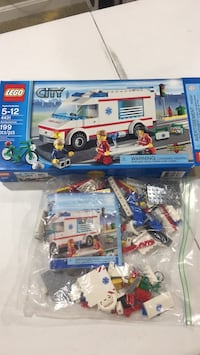LEGO Ambulance (City) Burke, 22015