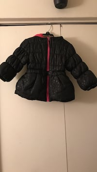 Black and red zip-up bubble jacket Hyattsville, 20782