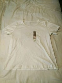 women shirt 16/18 (NEW) Las Vegas, 89117