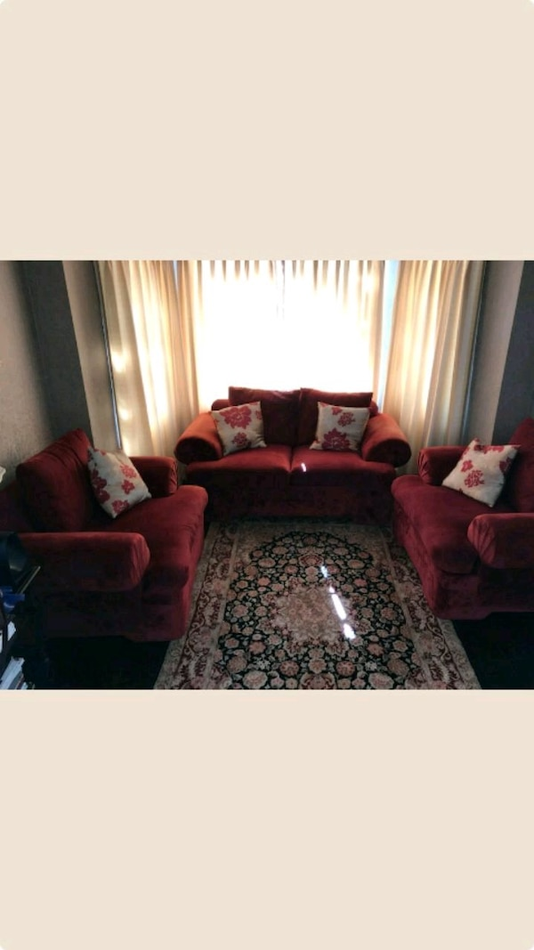 Used red and black living room set for sale in Los Angeles - letgo