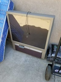 "42"" projection TV. works great Brentwood, 94513"