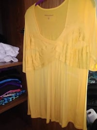 Yellow blouse. Ex large Fredericksburg, 22407