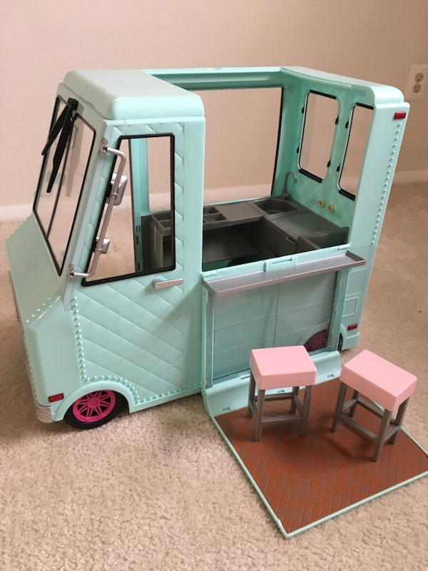 "18"" Doll Sweet Stop Ice Cream Truck"