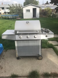 white and gray gas grill Kelowna, V1X 1X1