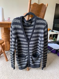Izzue Fluffy Strip Cardigan Size L