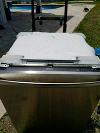Bosch dishwasher - needs repair/use for parts Boca Raton, 33434