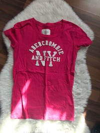 Abercrombie & Fitch Tshirt 38