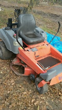 red and black ride on mower Brainerd, 56401