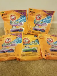 5 Arm and Hammer 17 pak - $15 not negotiable  Rockville