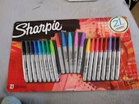 assorted color pencils and brush set 2343 mi