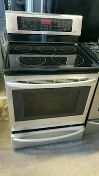 Stainless steel stove Richmond, V6X 1Z7