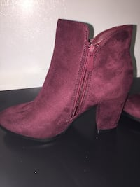 Burgundy suede high heel boots Toronto, M6L 3E2