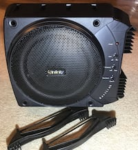 """Infinity Sub with built in Amp 10"""". Awesome sounds great! Chilliwack, V2R"""