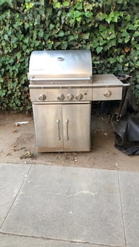 Stainless steel gas grill with gas tank Beverly Hills, 90211