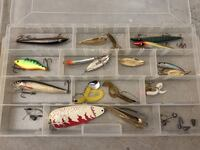Fishing hooks and lures 521 mi