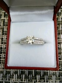 Crystal/CZ Ring Dugald, R0E 0K0