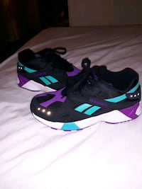 Reebok shoes size 10.5  Ankeny, 50021