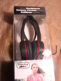 black and red Beats by Dr Victoria, V8Z