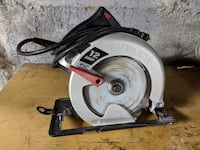 "Skilsaw 12amp 7 1/4"" circular saw, well maintained. comes with key and blade  Muncie"