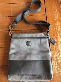 Authentic Coach Crossbody  Oxford, 06478