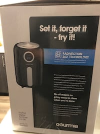 Air fryer used once  Toronto, M9M 0E8