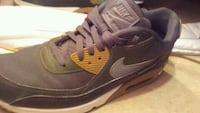 Mens size 9 worn once .. To small Winnipeg, R2X 0Z2