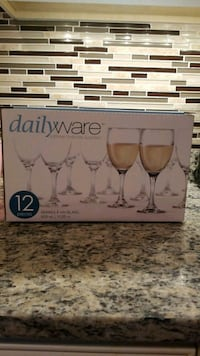 NEW! 12 wine glasses. Never used! Lutherville-Timonium, 21093