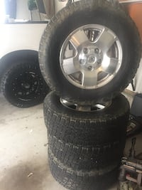 Toyota Tundra wheels/rims nitto tires