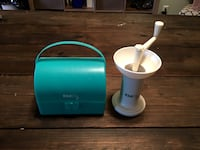 White manual grinder with Kidco case