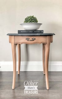 Vintage side table Toronto, M1M 2V3