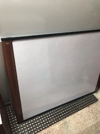 Rectangular   3M white board 2295 mi