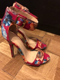 Women size 6 shoes Toronto, M3N 1J7