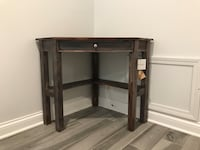 BNWT Corner Desk Chicago, 60642